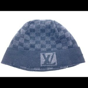 Louis Vuitton winter wool hat damier
